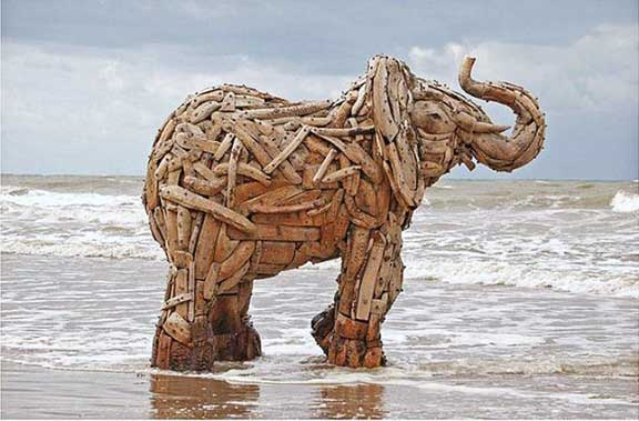 homage to elephants, elephant art, sand sculpture, mechanical sculpture, origami animals, paper sculpture, animal protection, human and wildlife coexistence, Andries Botha,